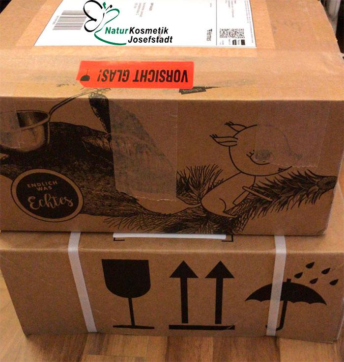 Naturkosmetik im Paket